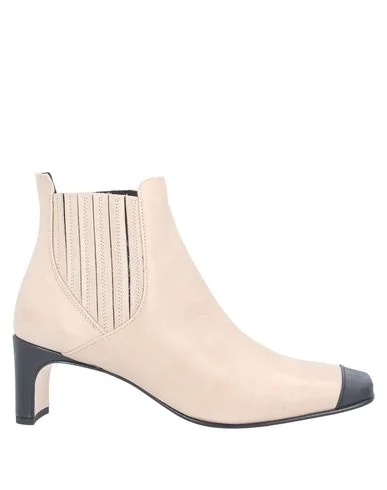 Alysi Ankle Boot In Beige
