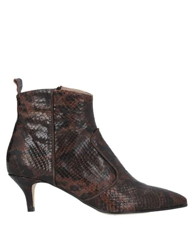 Cheville Ankle Boot In Dark Brown