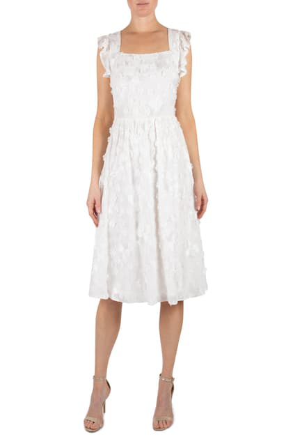 Julia Jordan Romantic Floral Applique Fit & Flare Dress In Ivory