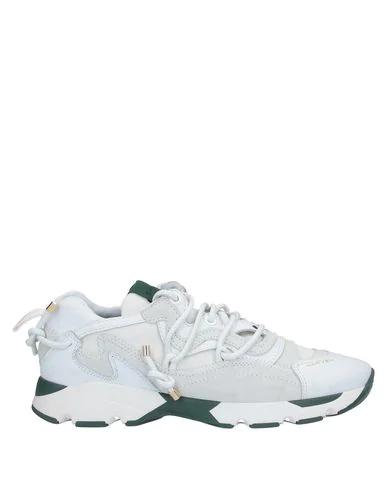 Carven Sneakers In White