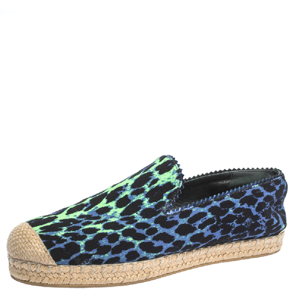 Stuart Weitzman Tricolor Printed Canvas Espadrille Loafers Size 38 In Multicolor