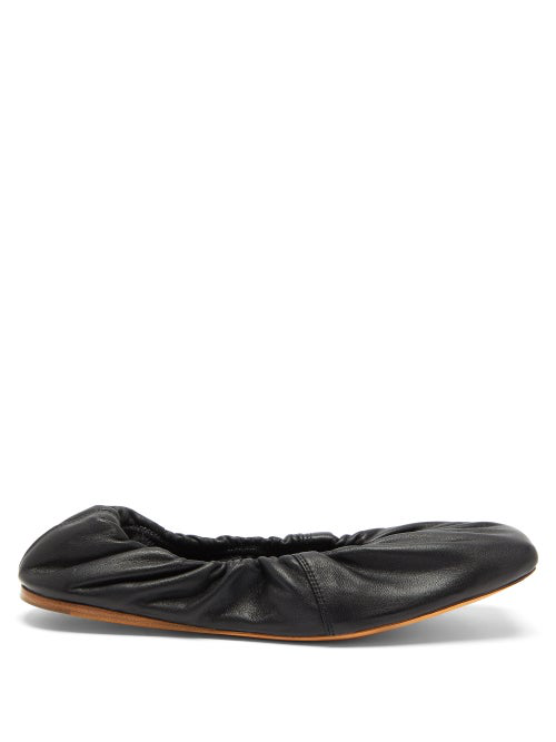 Ganni Gathered Nappa-leather Ballet Flats In Black
