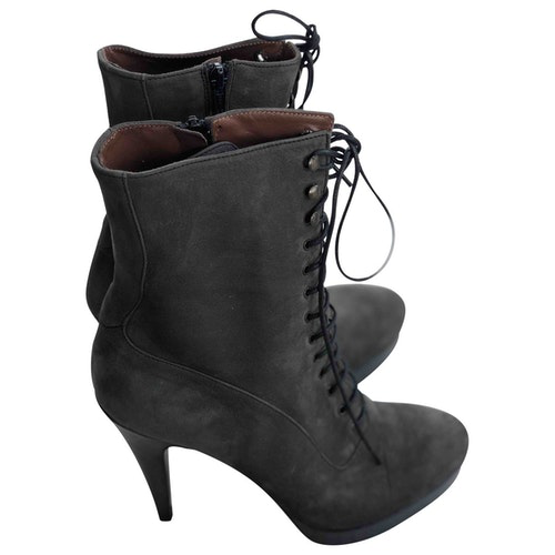 Fiorifrancesi Grey Suede Ankle Boots