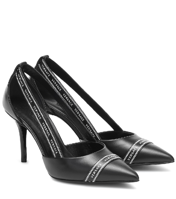Versace Ribbon Pointed Pumps In Black