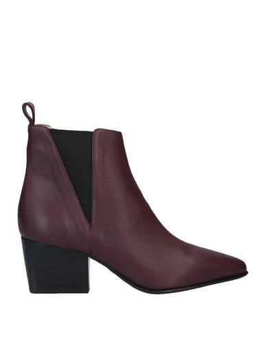 Pomme D'or Ankle Boot In Maroon