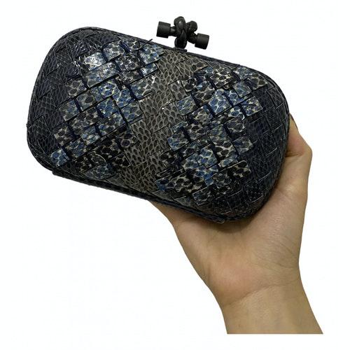 Bottega Veneta Pochette Knot Blue Leather Clutch Bag