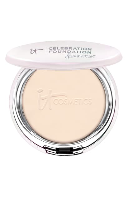 It Cosmetics Celebration Foundation Illumination(tm) Full Coverage Anti-aging Hydrating Powder Foundation In Fair (w)