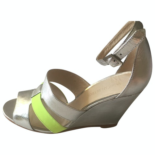 American Retro Silver Leather Sandals