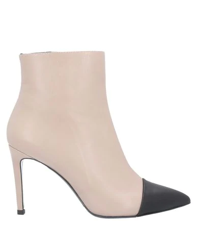 Gianni Marra Ankle Boot In Pale Pink