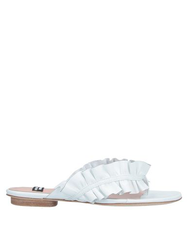 Boutique Moschino Flip Flops In White