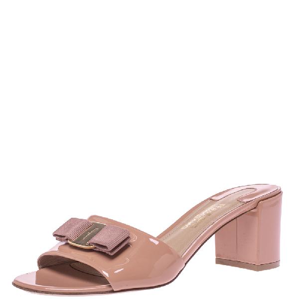 Salvatore Ferragamo Beige Patent Eolie Vara Bow Slide Sandals Size 39