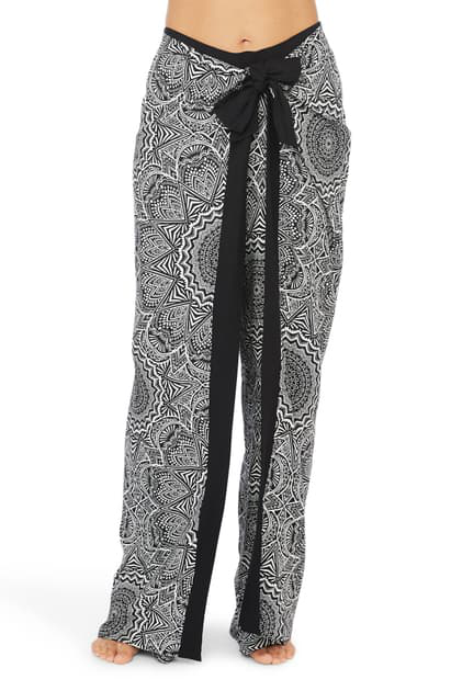 La Blanca Medallion Print Cover-up Pants In Black/ White