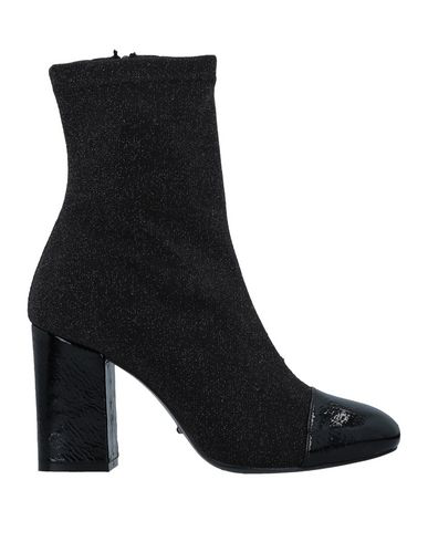 Todai Ankle Boot In Black