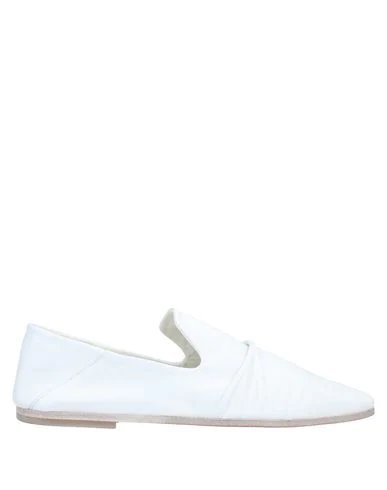 Alysi Loafers In White