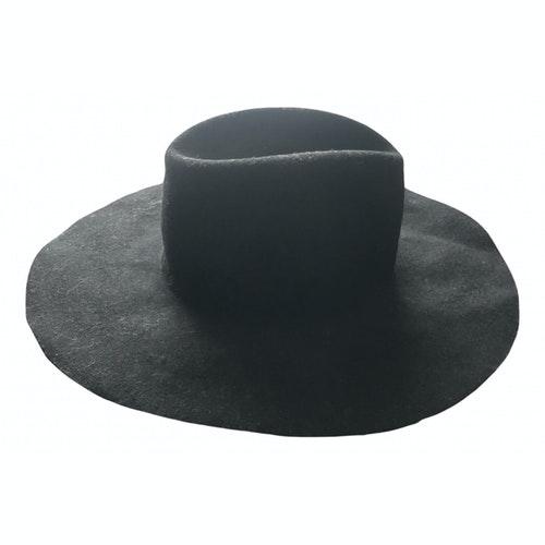 Dsquared2 Black Wool Hat
