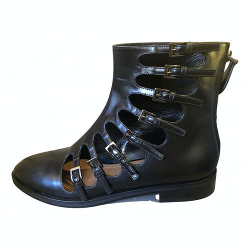 Alaïa Black Leather Ankle Boots