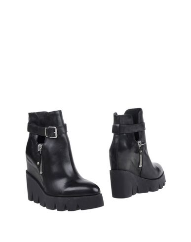 Ash 'ricky' Boots In Black