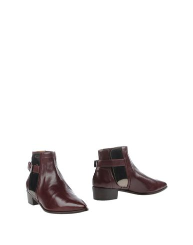 Laurence Dacade Ankle Boot In Maroon