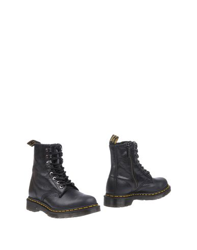 Dr. Martens Lace-up Ankle Boots In スチールグレー