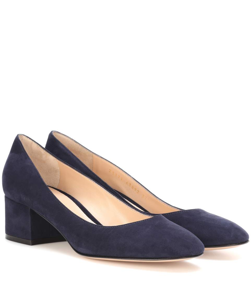 d697e3b0ab4 Gianvito Rossi Exclusive To Mytheresa.Com - Linda 45 Suede Pumps In Deeim