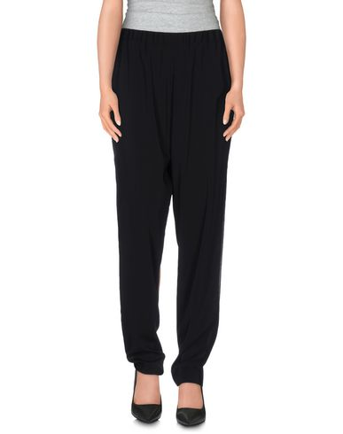 Alice And Olivia Casual Pants In Black