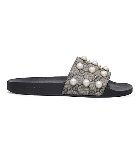 Gucci Pursuit Pearl-embellished Rubber Slider Sandals In Beige Comb
