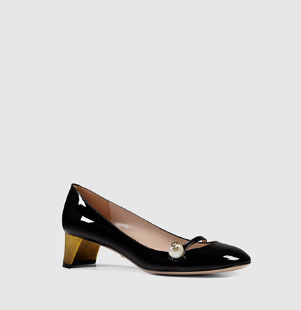 5128377ed08b Gucci Black Patent Leather Pearl Detail Mary-Jane Pumps