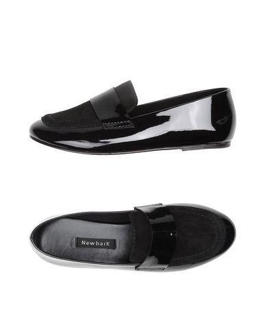 Newbark Claude Patent-leather And Suede Loafers In Black