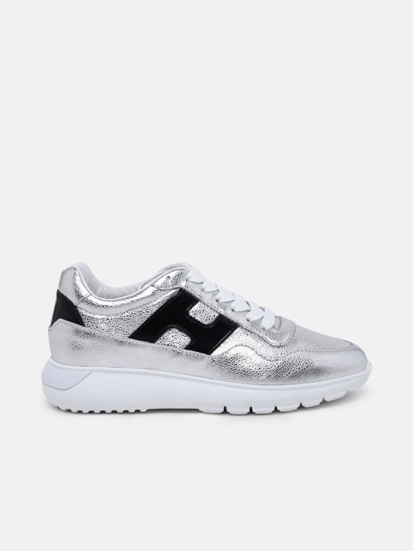 Sneaker Interaction In Pelle Metalizzata Argento In Silver