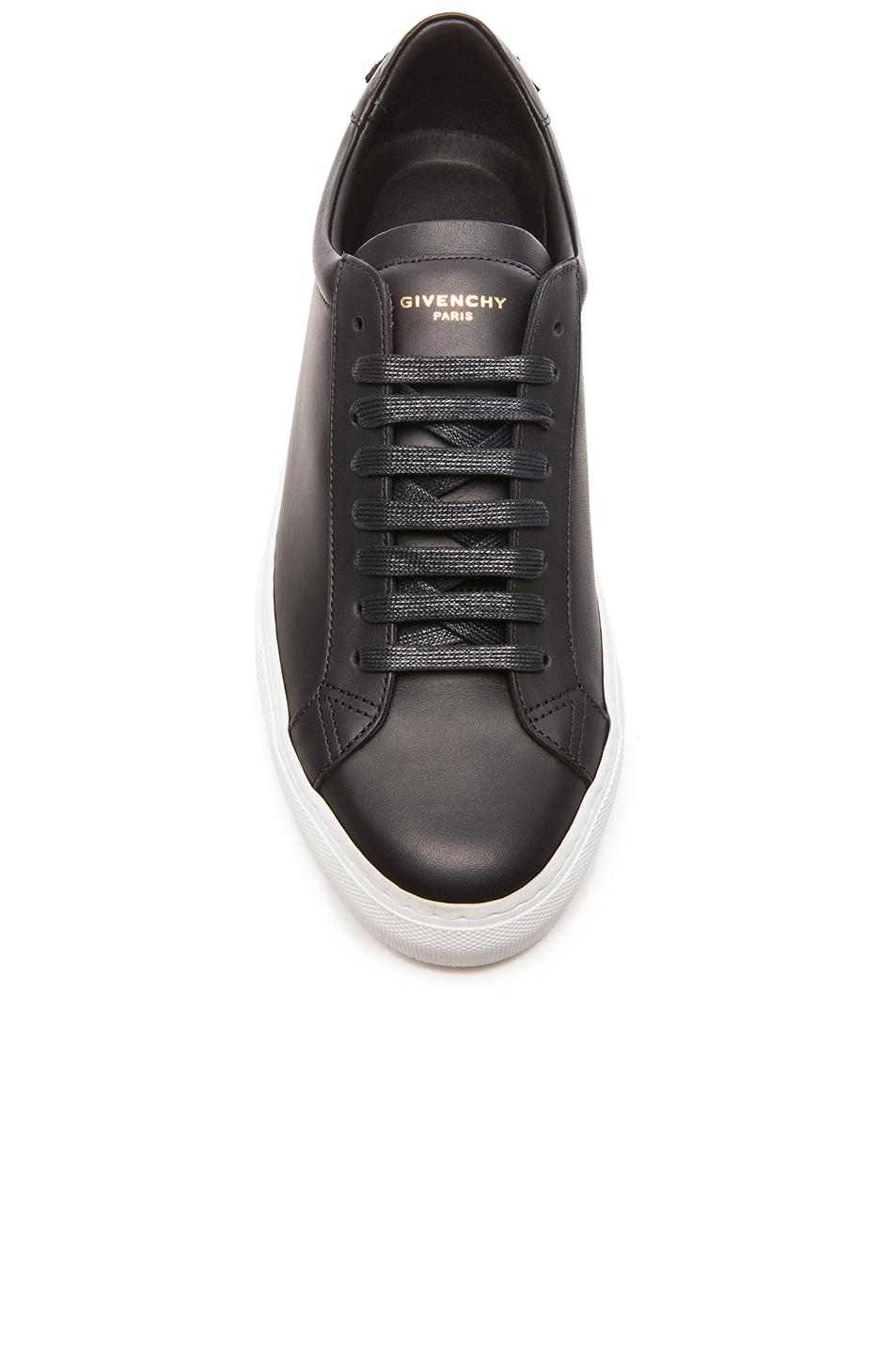 Givenchy Urban Street Low-Top Leather Trainers In Black