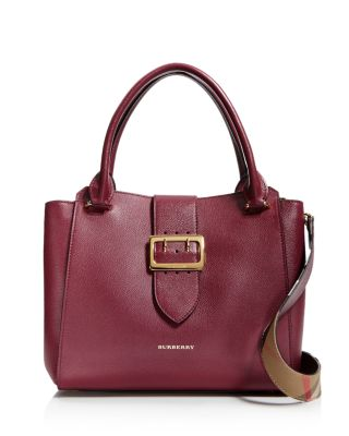 874eddc9df68 Burberry The Medium Buckle Tote In Grainy Leather In Dark Plum ...