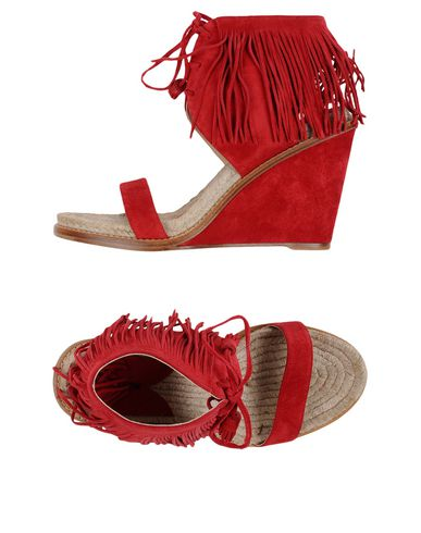 244cddac83c Shantou Wedge Sandals in Dragon Red