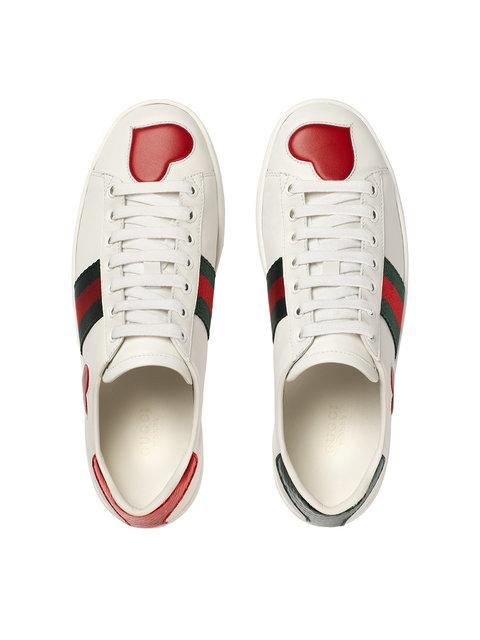 GUCCI 'ACE' LOW-TOP-SNEAKERS MIT STICKEREI,435638A38M012156635