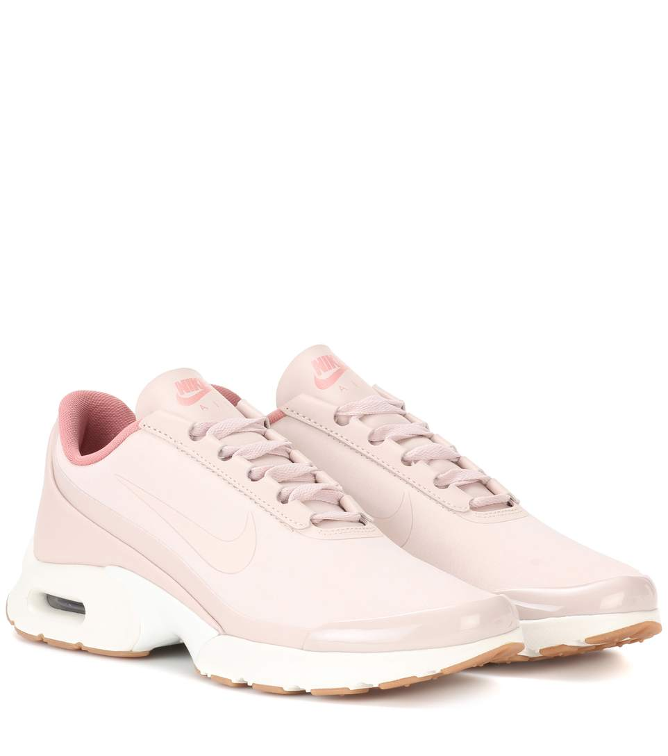reputable site 6386b 460c1 Nike Air Max Jewell Sneakers In Pink