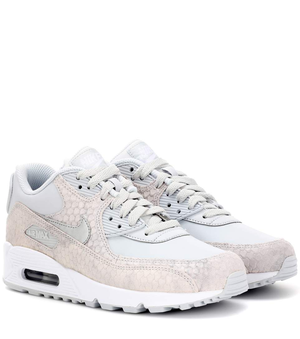 Nike Air Max 90 Leather Sneakers In Pure Platieum