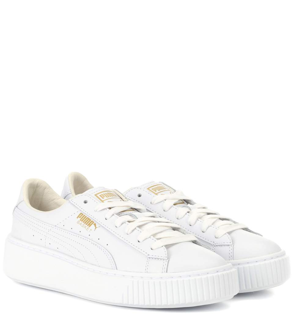 Niedriger Verkaufspreis hell im Glanz große Auswahl an Farben und Designs Puma Basket Platform Leather Sneakers In White | ModeSens
