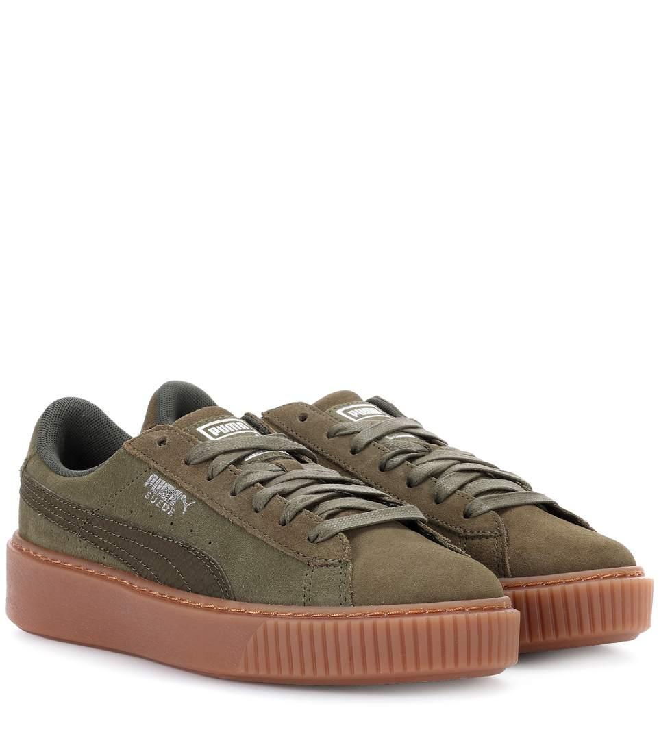 acheter populaire 6aac1 eaea6 Basket Platform Suede Sneakers in Olive Green