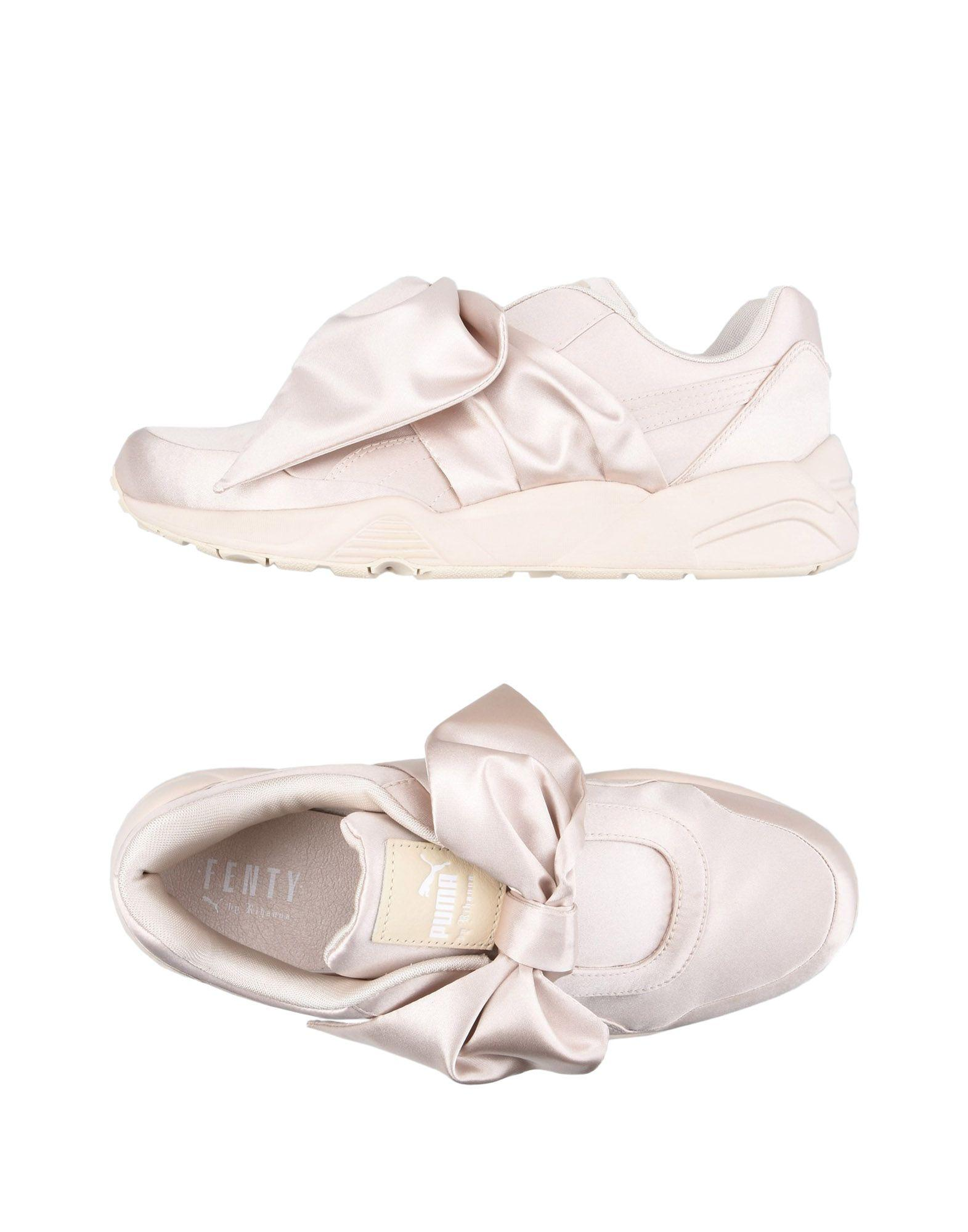 new concept 53cd8 9a3e3 Bow Sneakers in Pink
