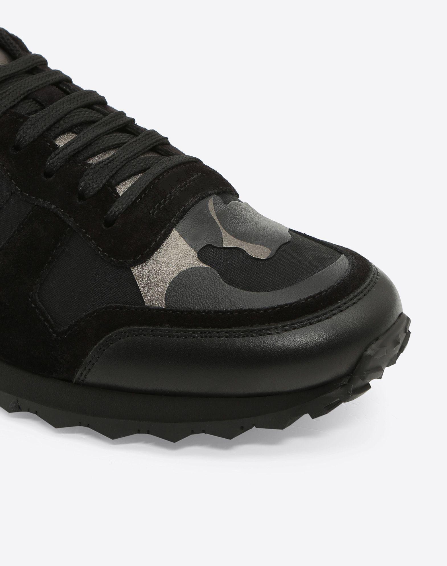 Valentino Rockrunner Camouflage Noir Metallic Trainer Man Black  44