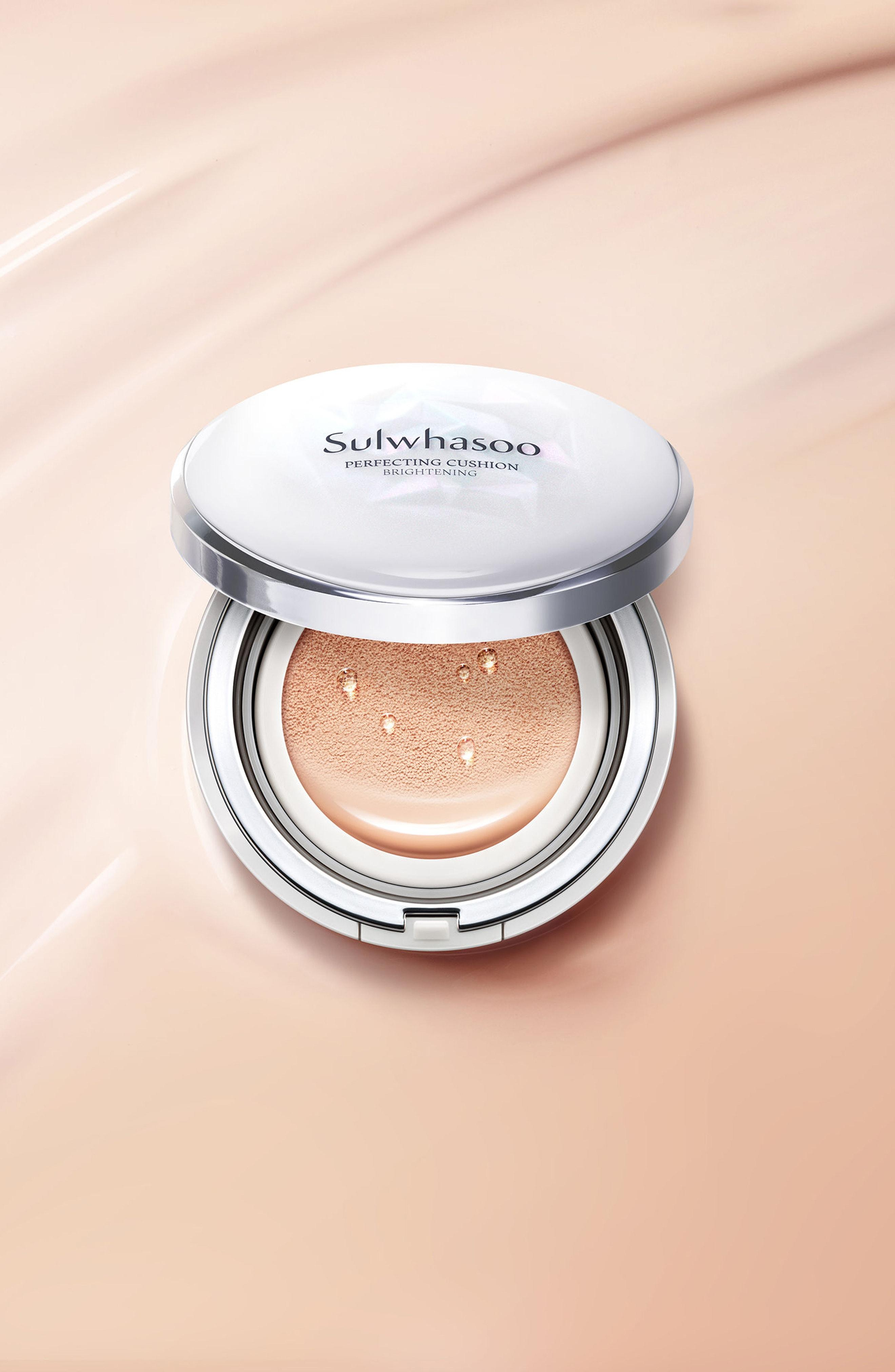 Sulwhasoo Perfecting Cushion Brightening Foundation - 17 Light Beige