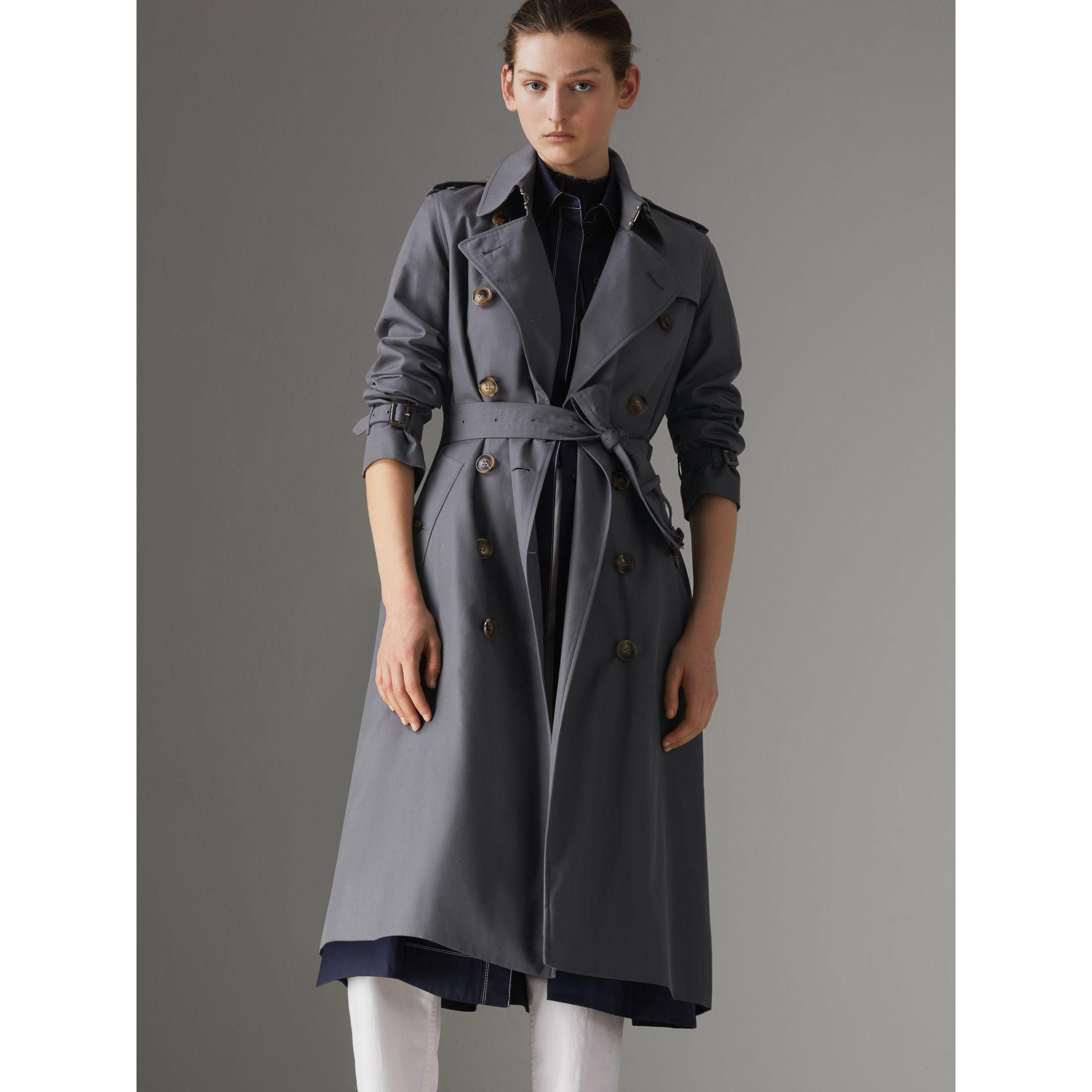 6281c0e6a0ef Burberry The Long Kensington Heritage Trench Coat In Mid Grey