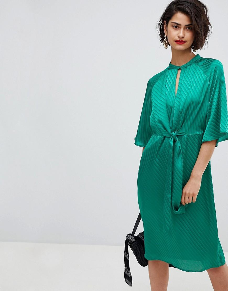 c30db9934 Tie Front Midi Dress In Green - Green