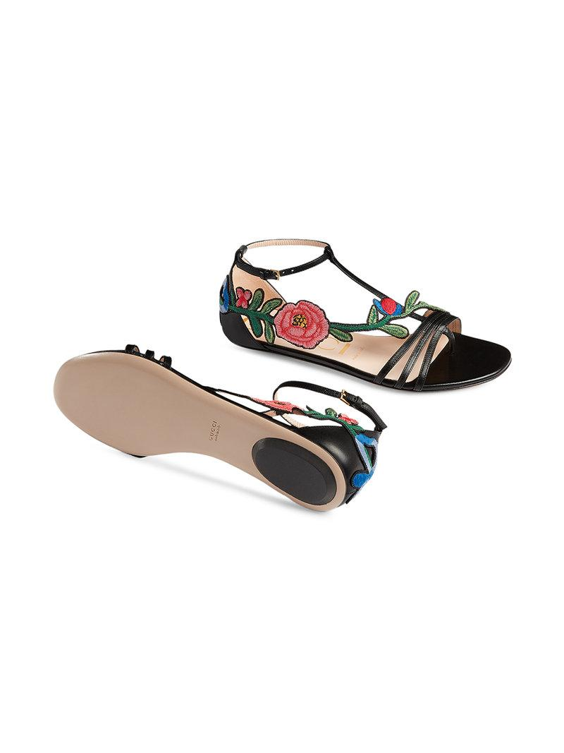b11ba55e9eba Gucci Ophelia Floral-Embroidered Flat Sandals In Black