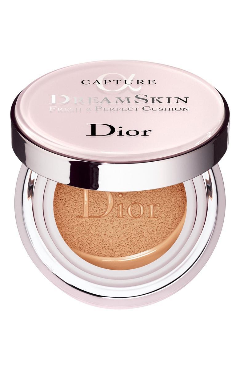 Dior Capture Dreamskin Fresh & Perfect Cushion Broad Spectrum Spf 50 020 Light Beige 0.5 Oz/ 15 G