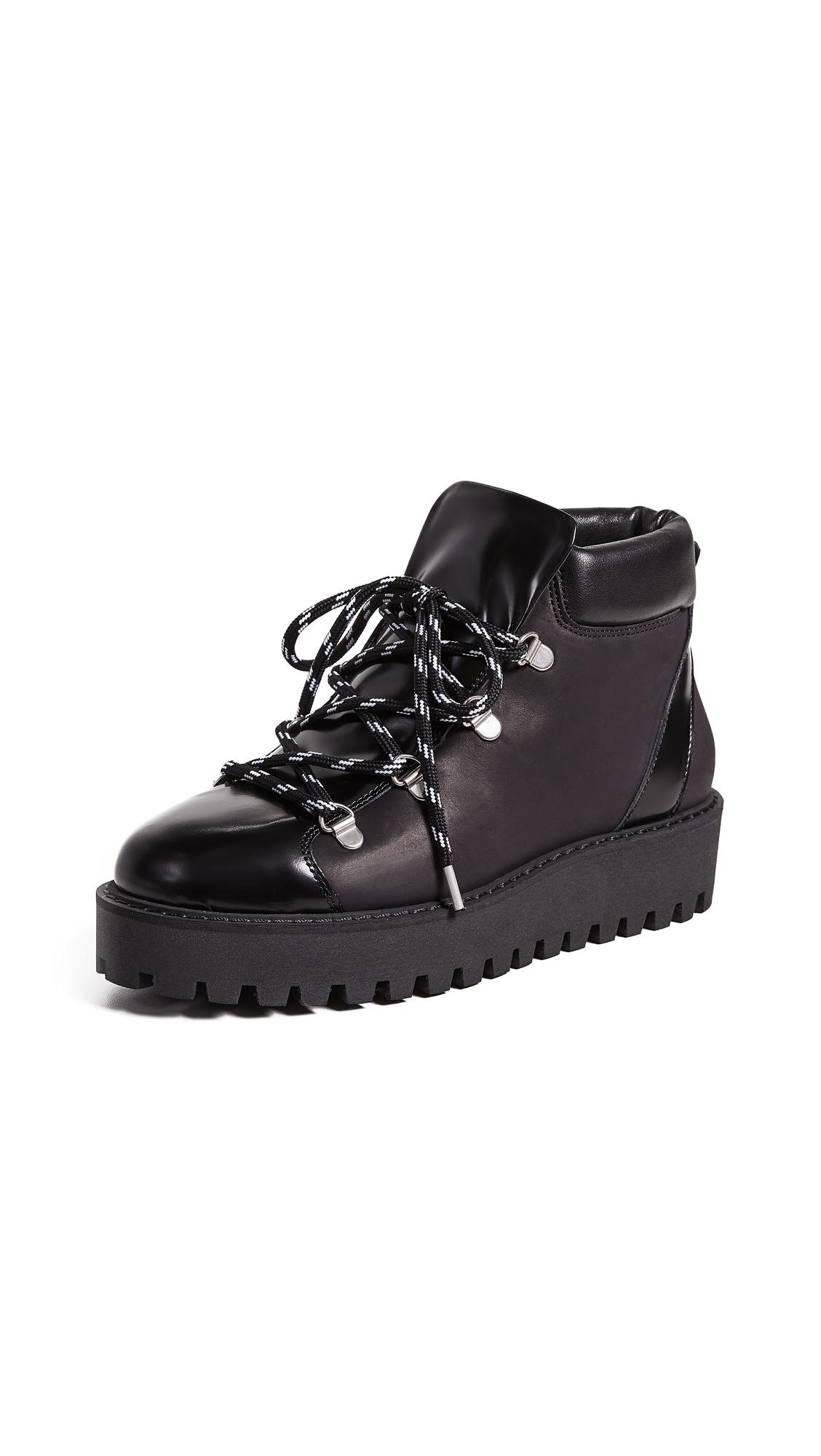 bb8c442571b 30Mm Alma Leather & Shearling Boots in Black