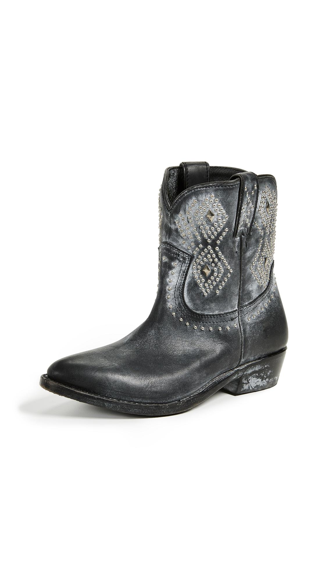 302d4ae1e7d Women's Billy Distressed Leather Low-Heel Western Boots in Black