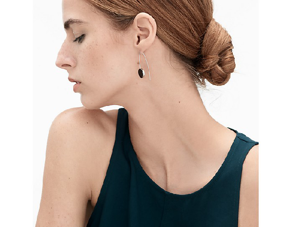 Ellen Onyx Hook Earrings In Silver