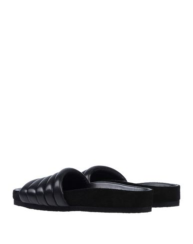 ef05b905d2be Isabel Marant Hellea Quilted One-Band Slide Sandals