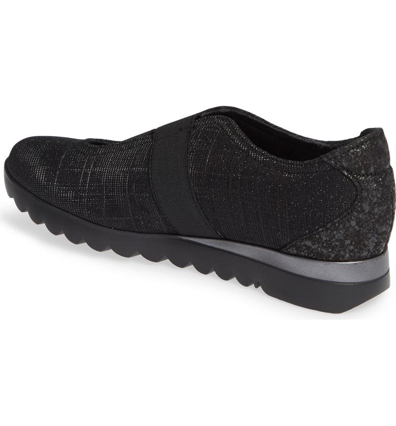 d227c9a152c Munro Alta Slip-On Sneaker In Black  White Fabric