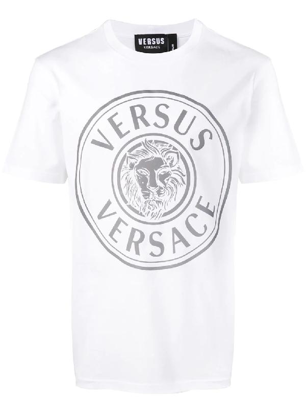 d3c73bf72975a Versus T-Shirt Mit Logo-Patch - Weiß In White